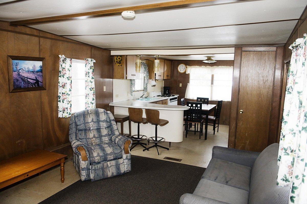 Pickerel Point Resort Cabin Rental 1 photo