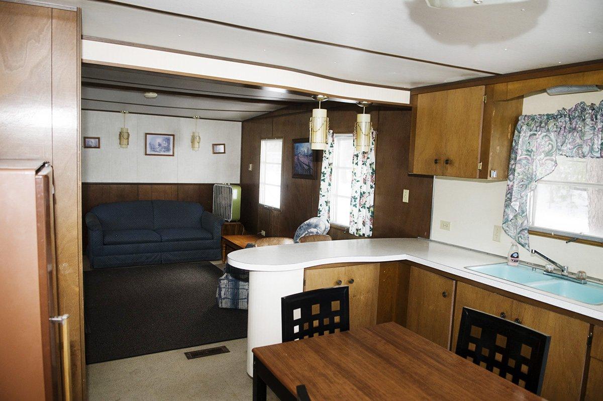 Pickerel Point Resort Cabin Rental 1 photo 2