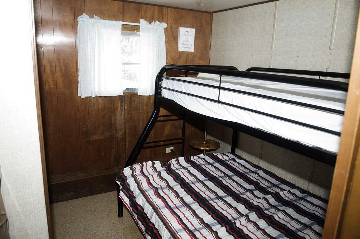 Pickerel Point Resort Cabin Rental 1 photo 4